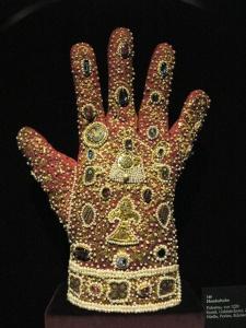 Istorija odevnih predmeta - Page 4 Handschuh_palermo