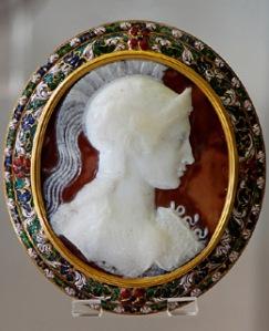 Istorija odevnih predmeta - Page 4 History_jewelry_roman_sardonyx_cameo