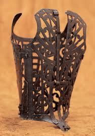 Istorija odevnih predmeta - Page 7 1600s-iron-corset