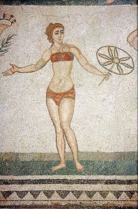 Istorija odevnih predmeta - Page 7 A-mosaic-from-the-piazza-armerina-in-sicily-showing-a-woman-wearing-a-strophium-breastcloth-and-a-subligaculum