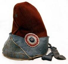 Istorija odevnih predmeta - Page 7 Bonnet-rouge