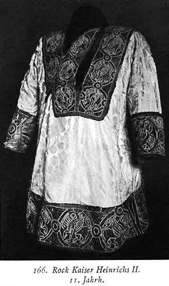 Tunika Svetog rimskog imperatora, cara Hajnriha II, XI vek